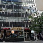 REUBEN'S 건물 6층에 몬트리올 사무실이 있습니다.